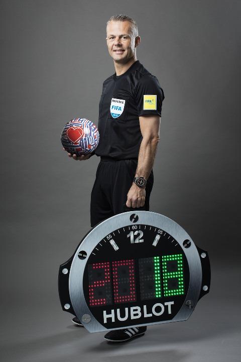 Die Hublot WM Uhr Big Bang Referee auf konsumguerilla.net