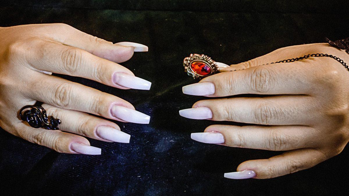 Gepflegte Hände sind die Visitenkarte auf konsumguerilla.net